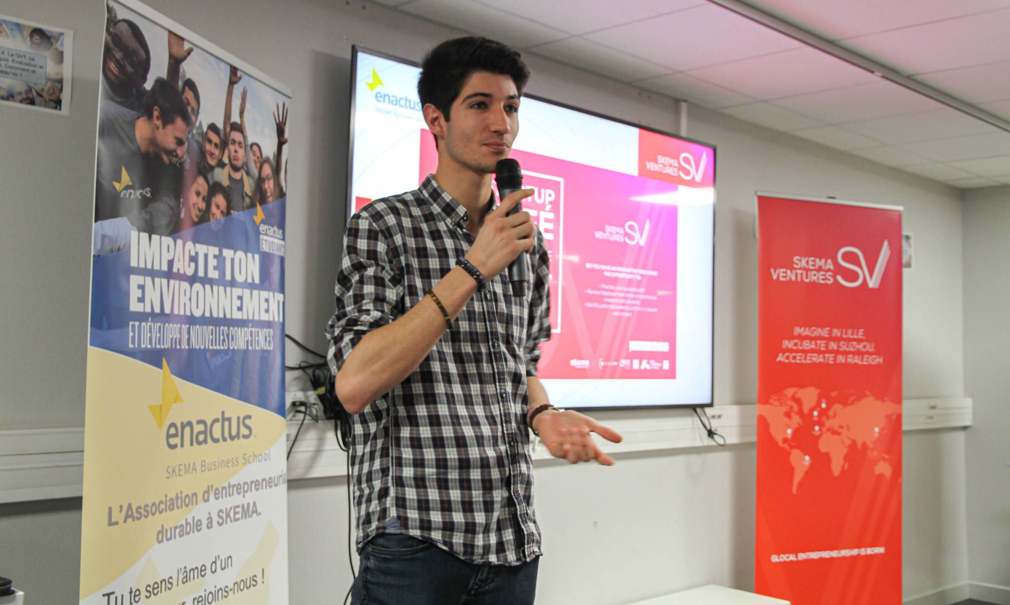 Startup Kafe: Students in France and Brazil campuses display their creativity